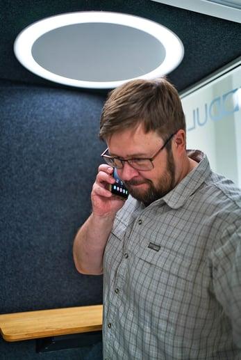 Risto-puhelinkopissa